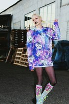 violet cat Breaking Rocks Clothing sweater - silver gammaray UNIF boots