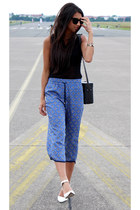blue Forever 21 pants - black Urban Outfitters top - white Nicholas heels