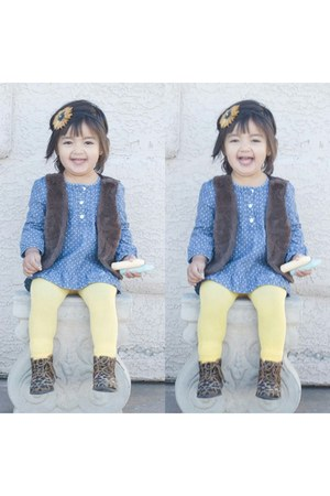 zulily boots - Target blouse - Claires hair accessory
