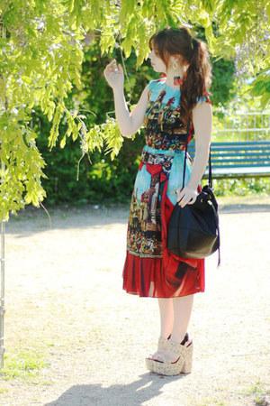 beige sandals asos shoes - red silk Dolce & Gabbana dress