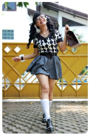 black juzzie top - blue juzzie skirt - black streetsyle shoes - brown bugis mark