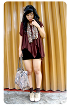 brown juzzie wallet - brown streetstyle shoes - brown dhievine scarf