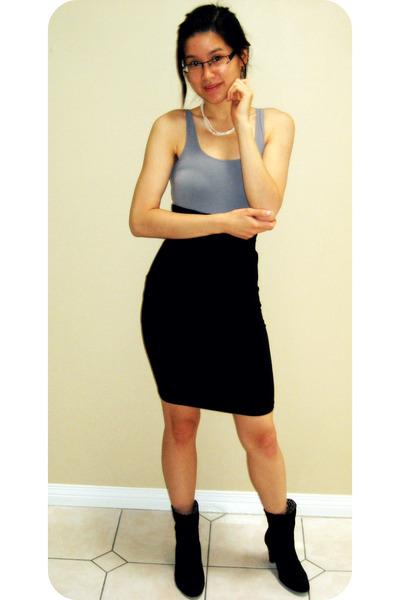 Aritzia top - Aritzia skirt - shoes - gift  accessories
