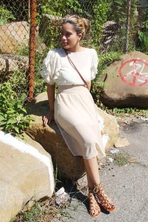 beige dress - brown shoes - brown purse