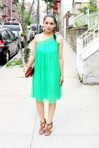 green dress - brown shoes - brown purse
