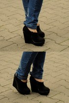black new look wedges