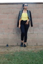 yellow JCPenney top - black Levis pants