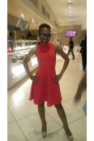 shape Mr Price dress