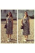 beige Zara Sunnies sunglasses - navy Debenhams Dress dress