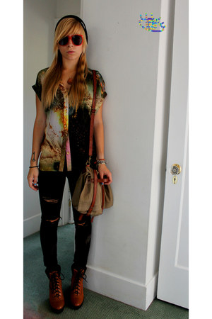 galaxy print Forever 21 blouse - bronze deena and ozzy boots