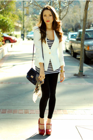 white Queens Wardrobe jacket - black Forever 21 leggings