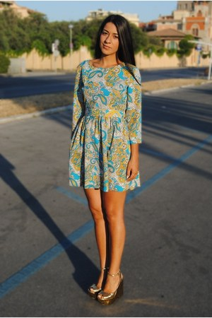 sky blue H&M dress - gold Zara sandals