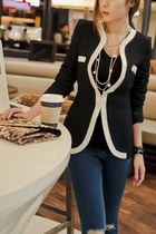 V-neck One Button Blazer
