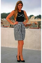 checked skirt Anthropologie skirt - brandy melville top - Nine West pumps