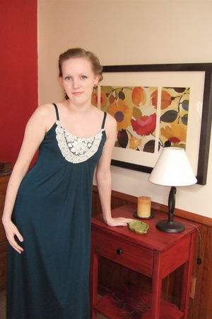 green vintage dress - brown Herbergers earrings - brown Nordstrom shoes - beige