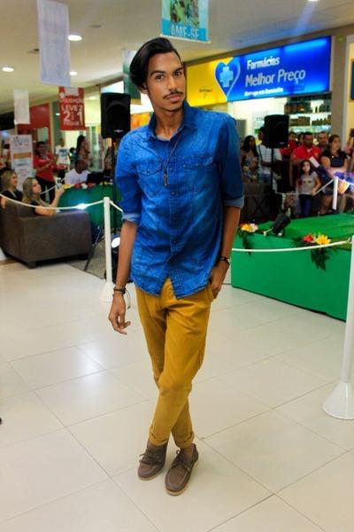 dark brown Boggi shoes - blue Renner shirt - Reveste accessories