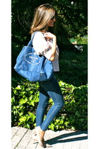 light pink Nine West shoes - navy abercrombie and fitch jeans