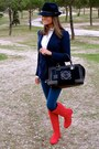 Ruby-red-pilar-burgos-boots-navy-hollister-jeans-navy-denny-rose-hat