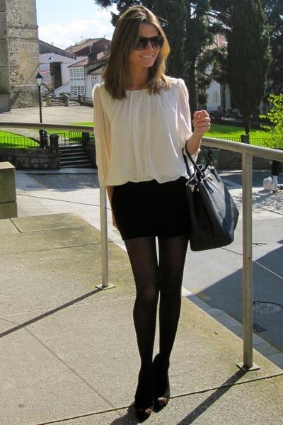 black Pilar Burgos shoes - black Prada bag - black Forever 21 shorts