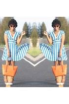 carrot orange Michael Kors bag - sky blue In Love with Fashion dress