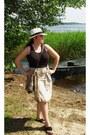 Cream-h-m-hat-beige-ravel-skirt-black-top-black-heavy-duty-sandals