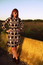 brown vintage dress - brown DSW shoes - black Target belt