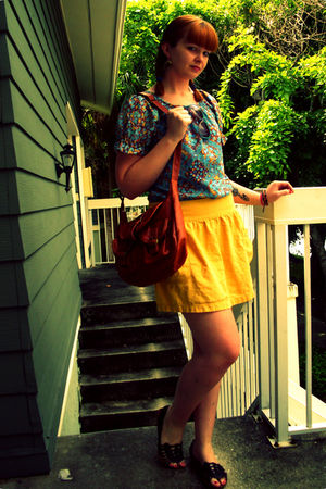 gold Old Navy skirt - blue vintage shirt - brown Target shoes - brown lulus bag