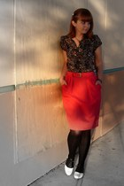 hot pink thrifted skirt - black Bass shoes - black Target tights - black Forever