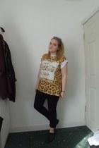 black next jeans - camel leopard print Primark t-shirt