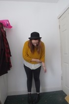 black Primark boots - black H&M hat - black Topshop leggings