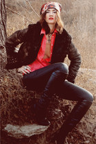 black jacket - black sheepskin coat boots - black jeans - red Bershka shirt