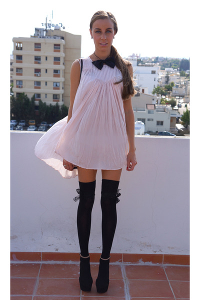 handmade tie - lindex dress - Furla bag - Zara heels