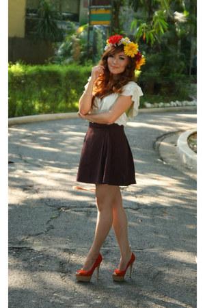 Primadonna heels - Forever 21 blouse