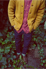 Mustard-vintage-cardigan-brown-earthkeeper-timberland-boots