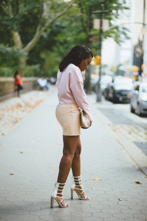 neutral American Apparel skirt - light pink H&M top