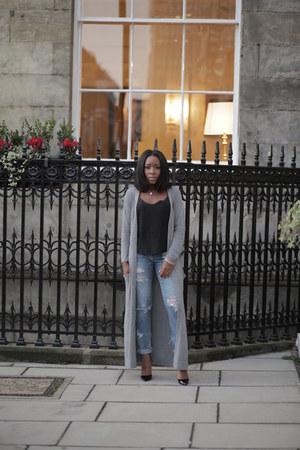 black asos top - blue Levis jeans - black Christian Louboutin pumps