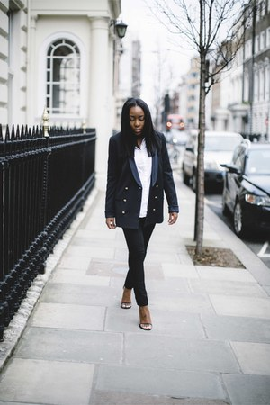 navy Zara blazer - black Levis jeans - white Zara shirt