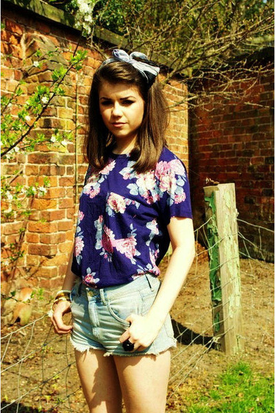blue Topshop shorts - blue Urban Outfitters top