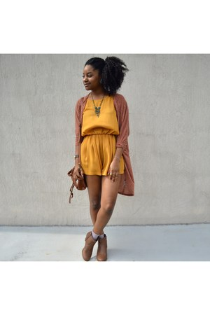 gold In Love with Fashion romper - coral cotton on cardigan