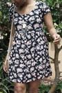 Black-floral-print-forever-21-dress-black-forever21-sandals
