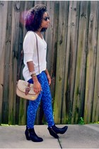black kohls boots - blue kohls leggings - beige Goodwill bag - white TJ Maxx top