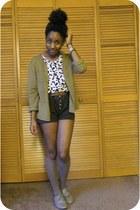 dark brown shorts - white top