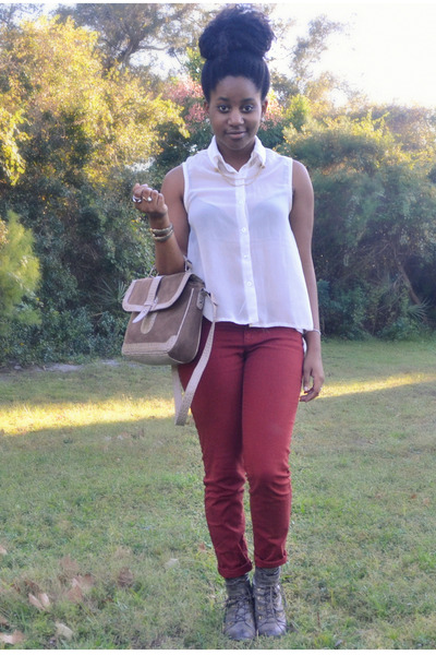 white Ross top - brick red Old Navy jeans - camel Ross bag