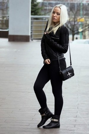 Givenchy bag - Giuseppe Zanotti boots - Rick Owens jacket