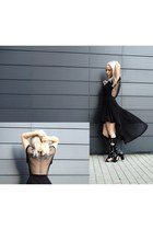 fishnet balenciaga t-shirt - Laurence Dacade boots - H&M skirt