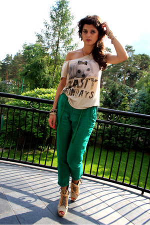 Zara pants - Stradivarius t-shirt