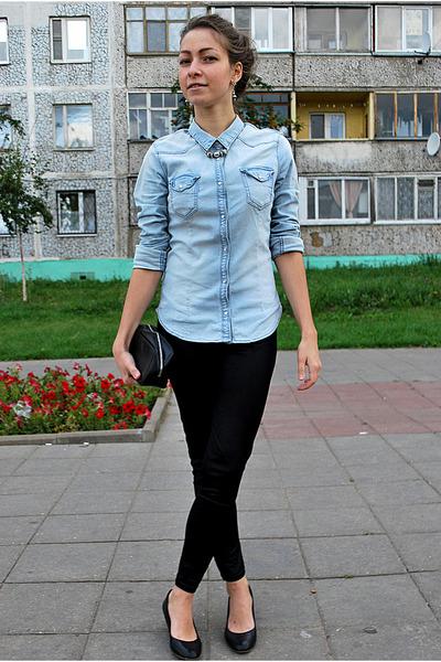 Blue Shirt Black Leggings