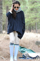 light blue Hunter boots - beige Primark leggings - navy pull&bear cape