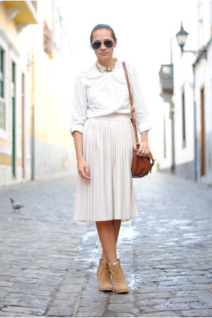 white Primark shirt - camel Les Tropeziennes boots - brown Primark bag