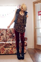 light brown leopard print Ali & Kris top